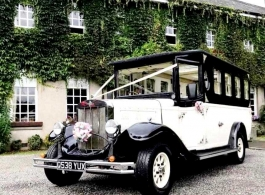 Vintage Asquith bus for weddings in Bedford